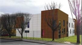 Edificio Departemental de la Solidaridad en SAINT-GENEVIEVE-DES-BOIS